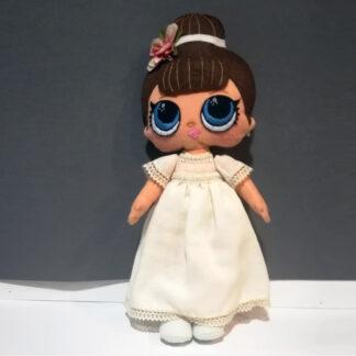 Muñeca hecha a mano