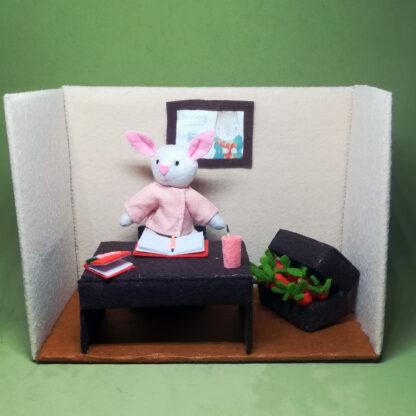 Jeremías Bunny en su oficina